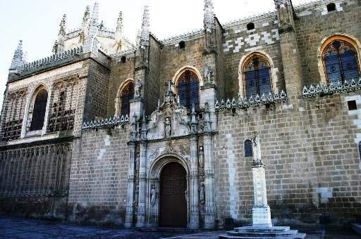 Picture of the Monastery of San Juan de los Reyes. This and other monuments are very close to this beautiful guesthouse in the historic center of Toledo, 150 meters from Plaza Zocodover and 2 minutes walk from the cathedral